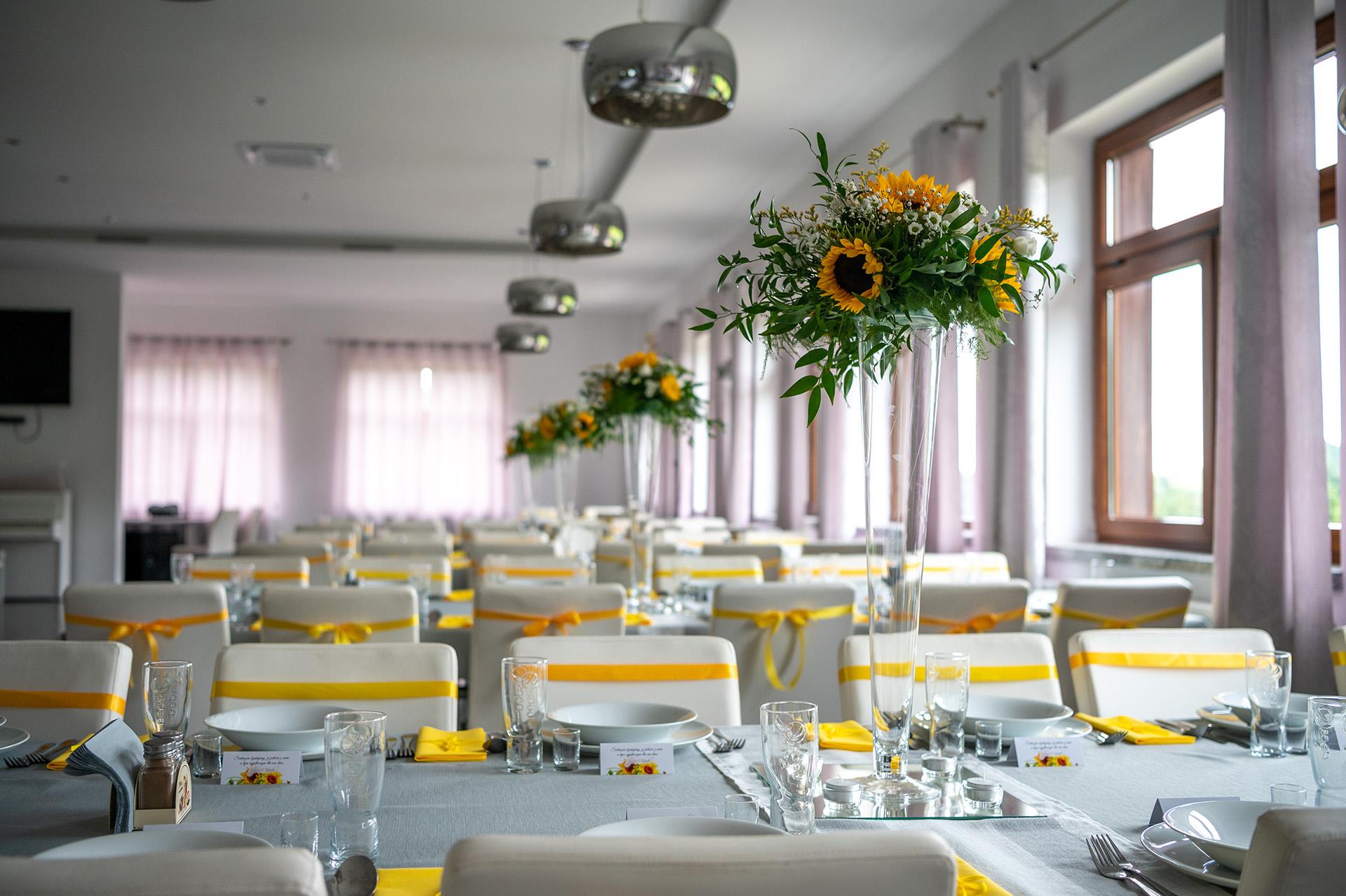 dekoracja sali weselnej zdjęcia ślubne przygotowania